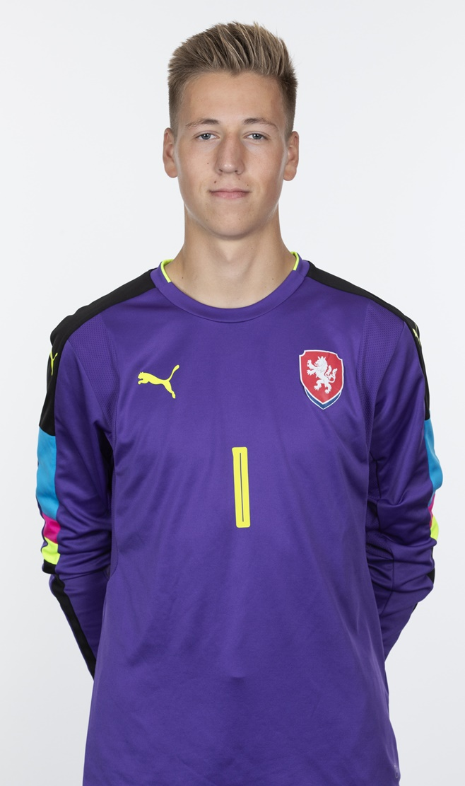 https://repre.fotbal.cz/min.php?file=%2Ffiles%2Fperson%2F16332738%2FTrefil.jpg